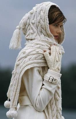 Soooo cute wrap around hoodie scarf. I'm a snow princess!
