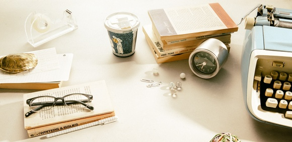 Love the styled shoot with vintage typewriter!