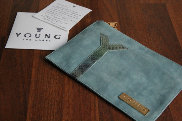 Young the Label - A Enigma Clutch - Blue http://www.youngthelabel.com/shop/clutch/lady-a-enigma-clutch/
